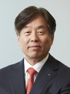 """동현수 두산 부회장 """"선제적 투자, 재무적 성과 최선"""""""