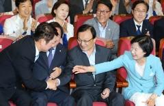 더불어민주당, 기초단체장도 '싹쓸이'…압승 예상