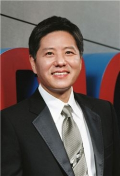 [stock&피플]'꼬북칩 대박' 오리온···담철곤 오너 리스크는 여전히 과제