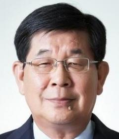 김진일 前 포스코 사장