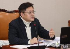 """홍익표 """"민주당 중앙당은 가덕도 신공항 논의 없다"""""""