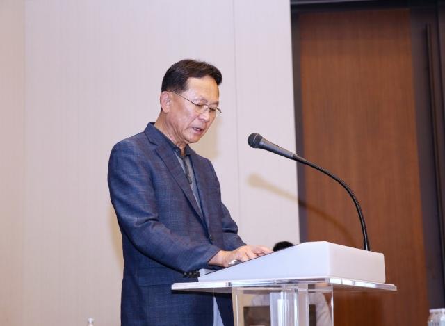 [He is]강산도 변한다는 10년···현대해상 최장수 CEO 이철영