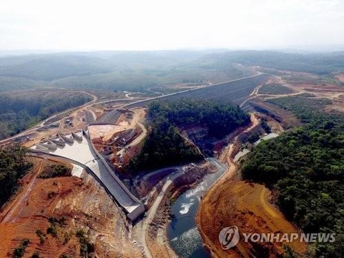 SK건설, 라오스 댐 붕괴 대응 총력...안재현 사장도 현지行