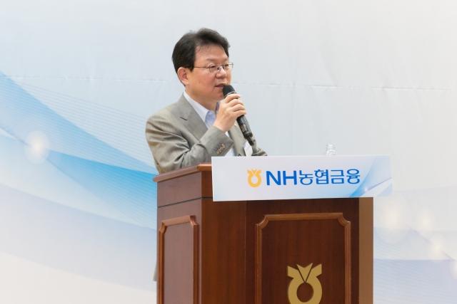 """'재신임' 묻는 김광수 농협금융 회장…""""연임 자격 갖췄지만"""""""