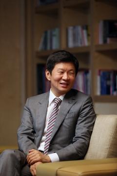 [임원 보수] 정몽규 HDC 회장 작년 연봉 22억···HDC현산서도 11억