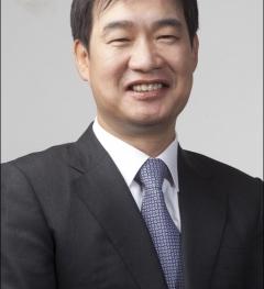 '기관경고'이어 이번엔 유령주식 논란…시험대 오른 유창수 사장 리더십