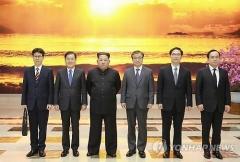 청와대 대북특사단에 정의용·서훈 등 5명…1차와 동일