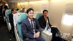 순안공항에 원산행 항공편 등장, 방북단 北 관광 인프라 확인하나