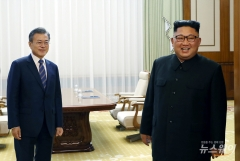 """靑 """"北, 우리 정부 김정은 답방 제안 별다른 진척 없어"""""""