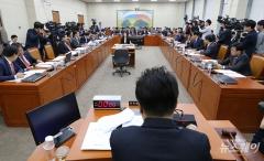 'P2P 대출 사업' 제도권 진입 임박…국회 정무위 법안 통과