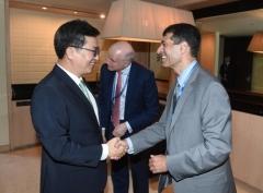 김동연, 국제신용평가사 만나 한국경제 긍정적 측면 강조