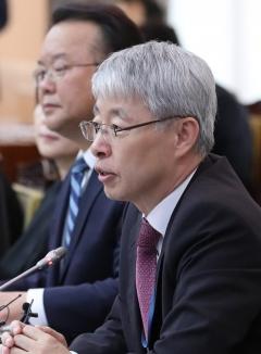"""""""기승전 기업 기살리기 요구하는 데 개탄스럽다"""""""