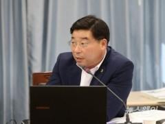 """신민호 도의원 """"함평골프고, 골프체험 비용 부당집행"""" 질타"""