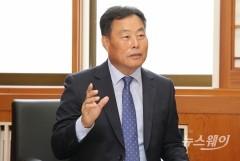 """김산 무안군수 """"신뢰받는 소통행정으로 생동하는 '행복무안' 시대 열겠다"""""""