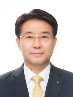 이동철 KB국민카드 사장, 상반기 보수 5억2000만원