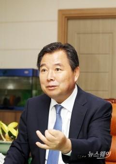 이윤행 함평군수, 지난 6개월 군정 성과 '호평'