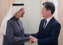 성윤모, UAE·사우디 등 제3국 원전 진출 협력에 합의