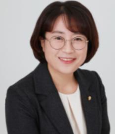 추혜선 전 의원, 피감기관이었던 LG유플러스행 논란
