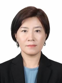 문 대통령, 여성가족부 차관에 김희경 문체부 차관보 임명