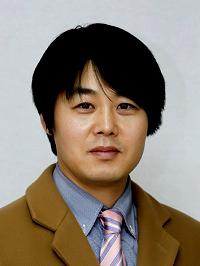 [윤경현의 모터웨이]BMW 김효준 회장 vs  벤츠 실라키스 사장