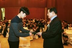 DB김준기문화재단, 대학생 102명에게 장학금 전달