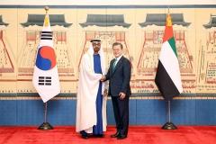 문 대통령, 중동외교 성과...UAE 프로젝트 수주에 한 몫