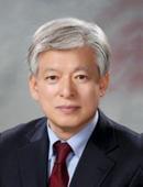 SK 지주사, 대표이사와 이사회 의장 분리…염재호 의장 유력