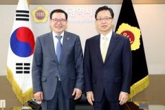 이용범 인천시의회 의장, 양현주 신임 인천법원장 접견