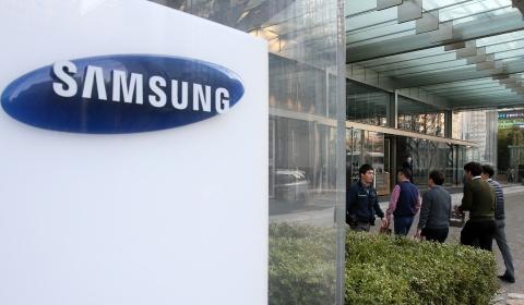 삼성전자, 16개월만에 '마의 벽' 5만원대 돌파