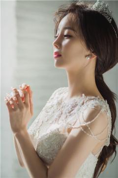 페르테레이, 배우 한소영 '開花-꽃을 피우다' 웨딩화보 선보여