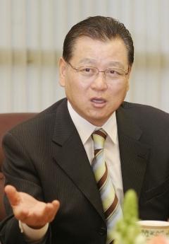 권홍사 반도 회장, 설 앞두고 협력사에 공사대금 500억원 조기지급