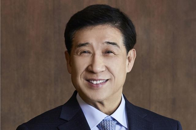 """배재훈 HMM 사장 """"위기극복DNA, 코로나19이겨내자""""…사명 변경 후 첫  당부"""