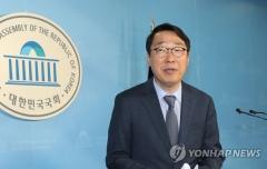"""윤영찬 전 소통수석 """"민주당 입당, 성남 중원 출마"""""""