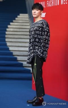 휘성, 또 프로포폴 상습 투약 의혹…경찰 수사 중