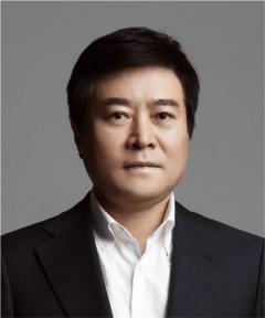 '42년 롯데맨' 소진세, 교촌에프앤비 회장 취임