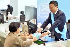 뤄젠룽 동양생명 사장, 고객센터서 창립 30주년 감사 인사