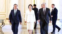 """문 대통령 """"한-카자흐스탄, 경제협력의 새로운 바람"""""""