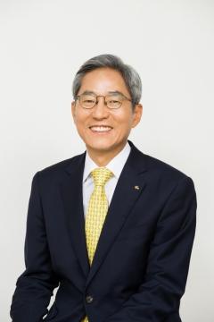 윤종규 KB금융 회장, 5억7800만원 수령