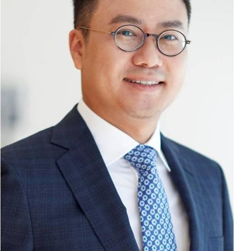 BGF, 2세 경영승계 속도···홍정국 부사장 지분 10.33%