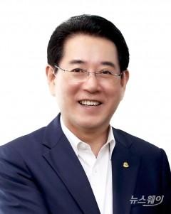 김영록 전남도지사, '노무현과 바보들' 관람...내부 소통 '시동'
