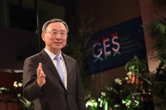 """황창규 KT 회장 """"5G 혁신 위해 각국 정부·기업 협력 필요"""""""
