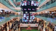 LG전자, 인도 델리에 대형 LED 스크린…'크리켓 월드컵 응원전'