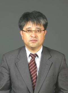 문 대통령, 민주평통 사무처장에 이승환 남북교류협력지원협회장 임명