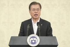 """문 대통령 """"남북간 동질성 회복에 기독교 앞장서달라"""""""