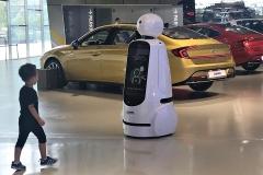 LG전자 클로이 안내로봇 '현대 모터스튜디오 고양' 등장