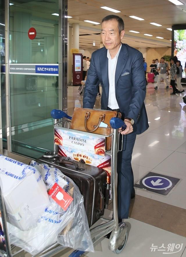 [NW포토]일본에서 돌아온 최치훈 삼성물산 사장