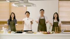 이대훈 농협은행장, 강레오 셰프와 '양파·마늘 농가 응원' 요리 영상 제작