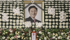 """풍운아 정두언 애도 물결…""""한국 보수, 이분 정도만 돼도 정치발전"""""""