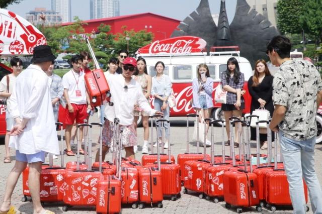 코카콜라, 여름 캠페인 '코-크 썸머 트립' 시작