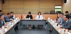 양정철, 중기연구원 '경청간담회'로 보폭 넓히기